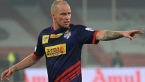 fc pune city sign isl top scorer iain hume