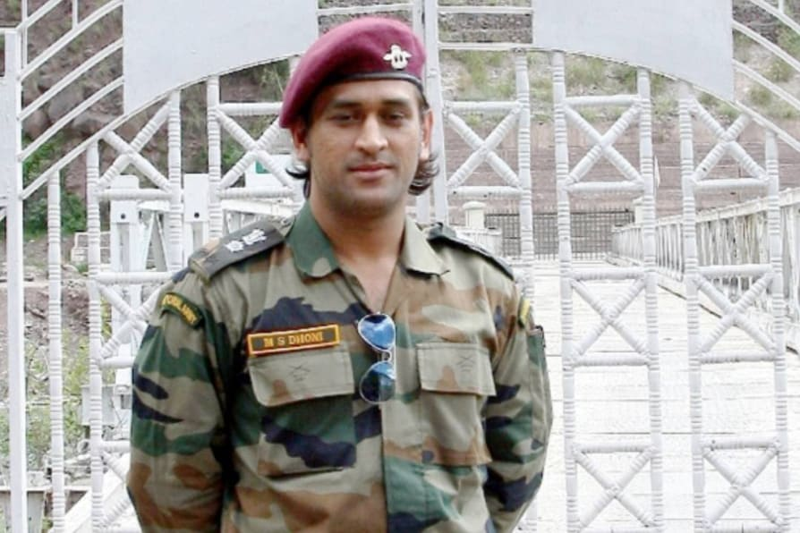 Joining Parachute Regiment of Territorial Army for next 2 months MS Dhoni tells BCCI