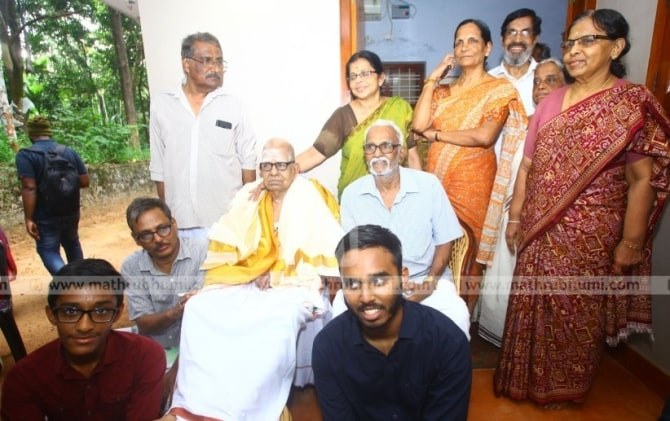 akkitham achuthan namboothiri and family